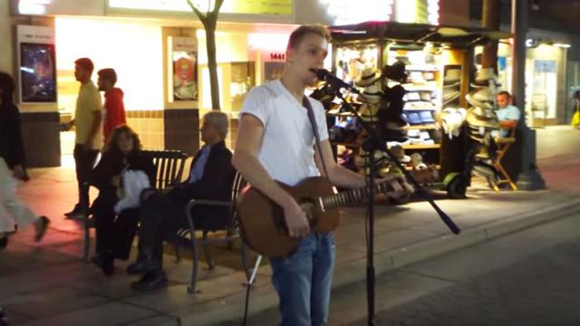 Street Performer Creates Crazy Mix Of Sam Smith Hit In Front Of Captivated Crowd.