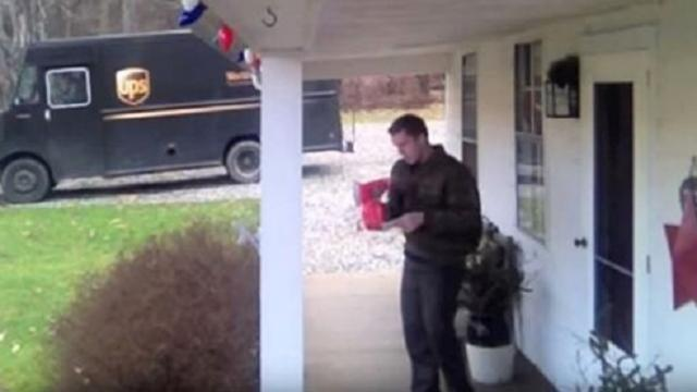 UPS Driver gets jiggy with Christmas tip