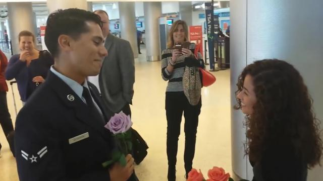 Best Wedding Proposal at Miami Internatonal Airport by an Airman [1h3RFWePC_A]