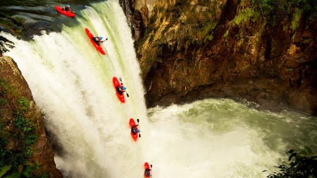 Breathtaking POV clip shows kayaker run 100-foot waterfall