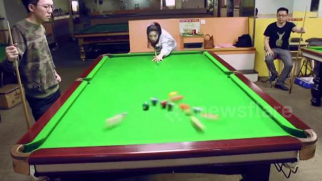 "Do not hurry to despise women, a Chinese woman pulls of incredible ""trick shot"""