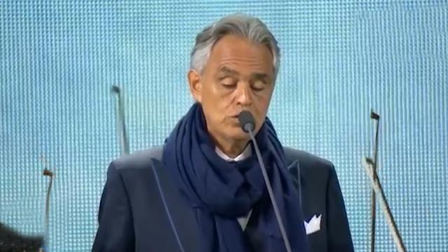 Andrea Bocelli Gives Soulful Performance Of Ave Maria And Instantly Has Crowd In Tears