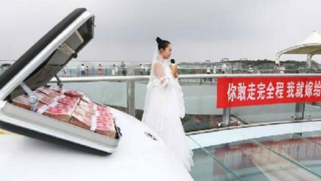 Man Rejects His Girlfriends Proposal Along With A New Car And 1 Million Yuan Because Of Fear Of Heig